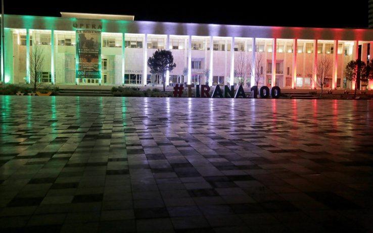Tirana - Solidarietà per l'Italia - Coronavirus (Sergio Alberti)