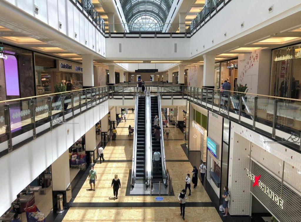 Coronavirus, a Dubai riparte anche lo shopping nei grandi mall - Acquistare appartamenti a Dubai con Sergio Alberti (2)
