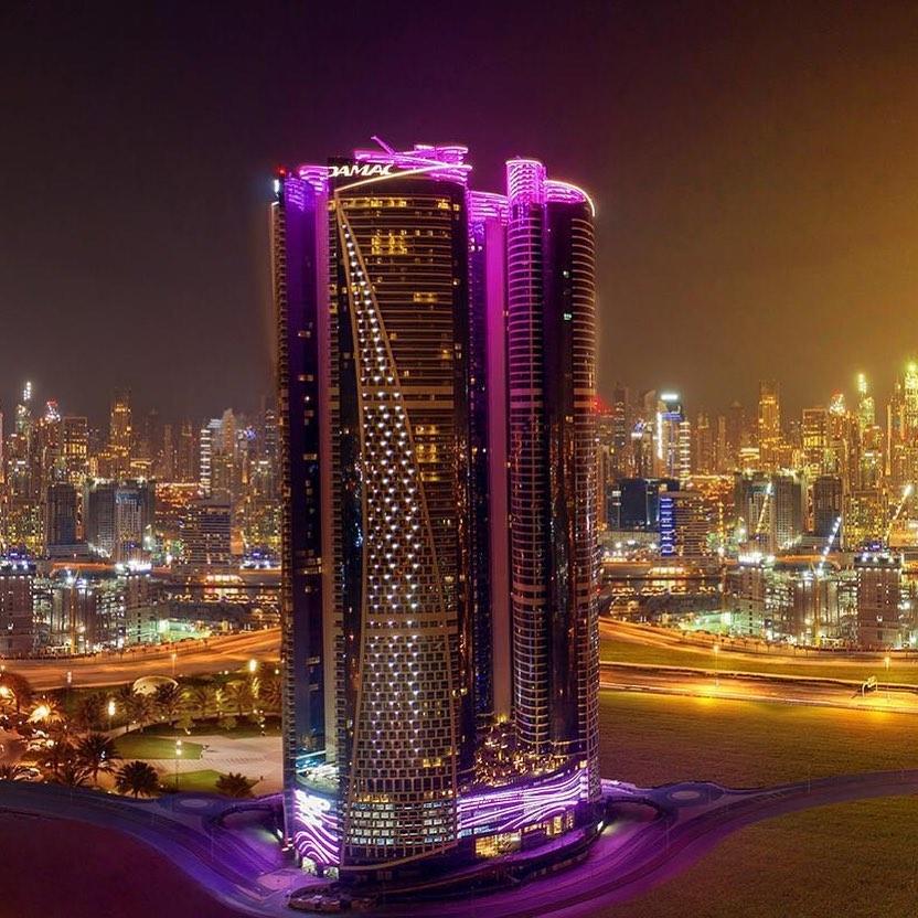 Le Paramount Tower's a Dubai, Sergio Alberti real estate a Dubai Paltinum Square investimenti immobiliari